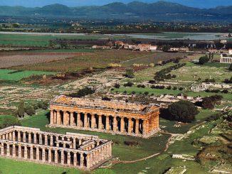 Veduta dall'alto del Parco Archeologico di Paestum